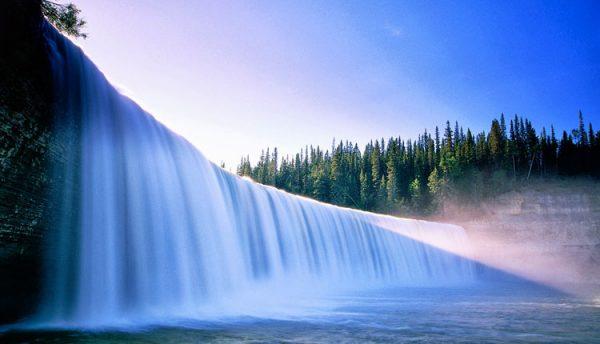 Mơ thấy nước chảy xiết
