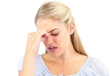 Giật mắt phải nữ mang đến may hay xui
