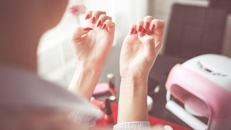 Mơ thấy móng tay là điềm báo gì? Nên làm gì khi mơ thấy móng tay