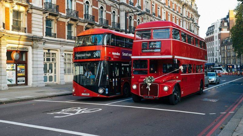 Giấc mơ thấy xe buýt có ý nghĩa thế nào khi chơi lô?